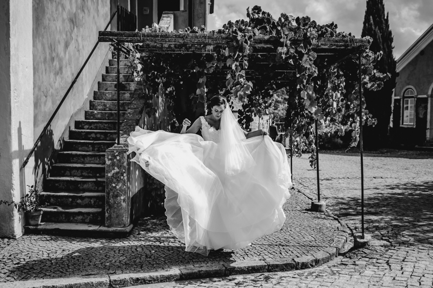Portugal Destination Wedding - Quinta De Santana - by She Takes Pictures He Makes Films-115