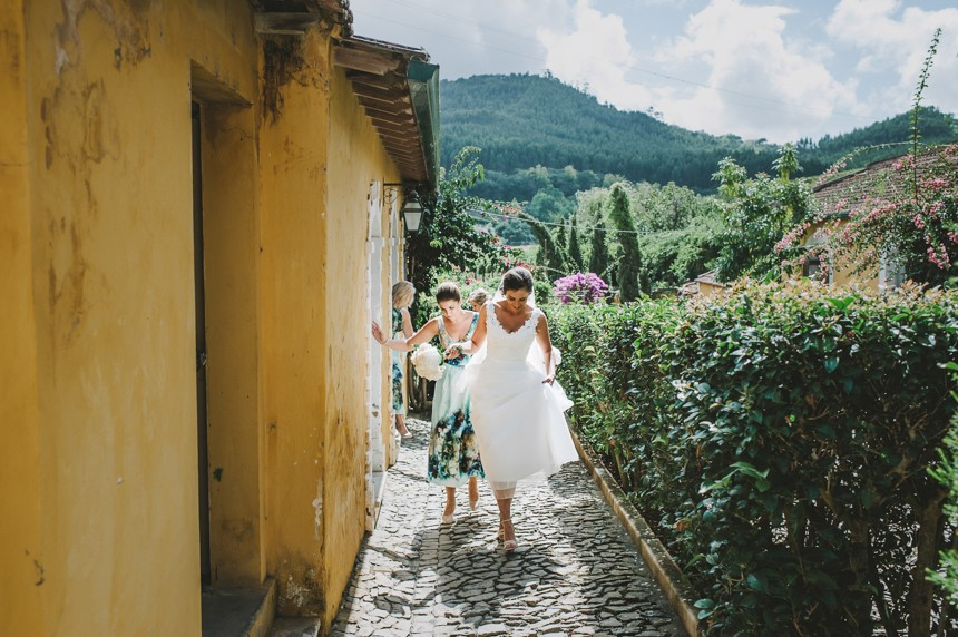 Portugal Destination Wedding - Quinta De Santana - by She Takes Pictures He Makes Films-94
